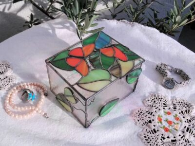 Butterfly_Stained_Glass_Jewel_Box8