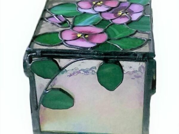 Violets_Stained_Glass_Jewel_Box3