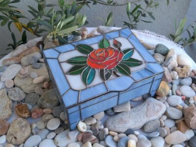 Red_Rose_Stained_Glass_Jewl_Box14