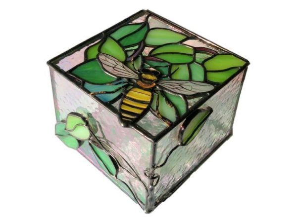 Bumbelbee_stained_glass_box-1