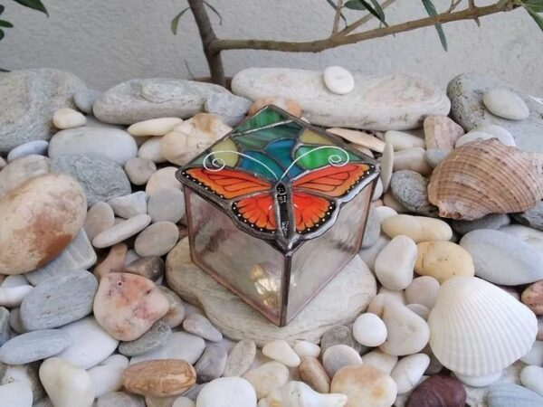 Butterfly_Stained_Glass_Ring_Box6