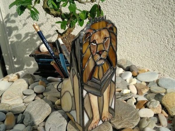 Lion_Stained_Glass_Pencil_Holder-04